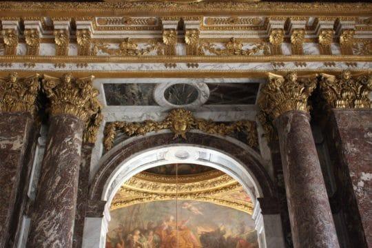 La galerie des glaces du château de Versailles restaurée par la SOCRA